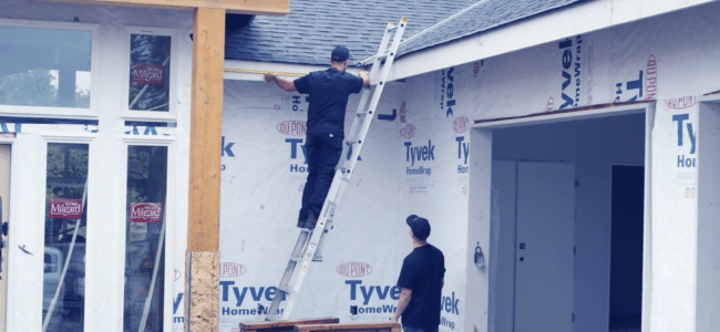 (video) How to Install Gutters on a House with Fascia Board